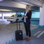 Plnoautomatizované parkovanie bez vodiča prichádza s novou Triedou S na letisko v Stuttgarte