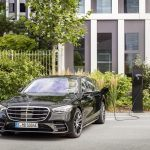 Nová Trieda S s hybridným pohonom dobíjateľným zo siete: Okolo 100 kilometrov čisto elektrického dojazdu (WLTP)